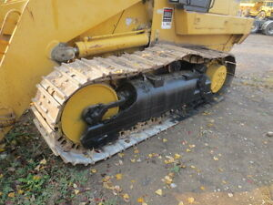 REALLY NICE CAT CRAWLER *GREAT DEAL* London Ontario image 3