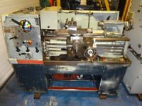 COLCHESTER STUDENT 1800 STRIAGHT BED CENTRE LATHE