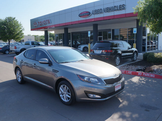 Kia : Optima LX LX 2.4L Anti-Theft Device(s) Side Air Bag System Multi-Function Steering Wheel