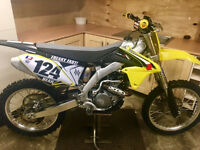 SUZUKI RMZ 250 2016 **LOW HOURS**IMMACULATE**crf kxf yzf rm sxf cr kx tm husky