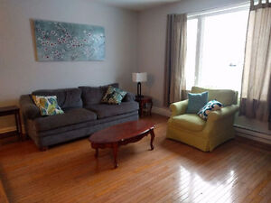 Female roommate wanted to share full house in airport heights