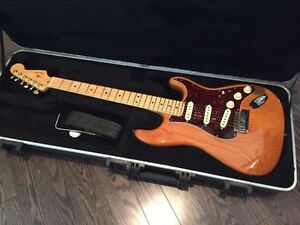 2013  Like New Fender Strat Deluxe SSS with OHSC plus Receipt