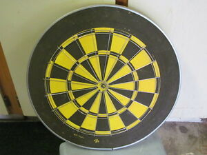 TWO SIDED HEAVY GAUGE PROFESSIONAL DARTBOARD Prince George British Columbia image 2