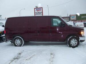 Ford Econoline Cargo Van E-250 2008