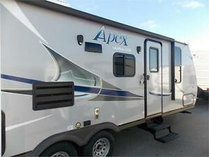 2017 FOREST RIVER COACHMEN APEX 24LE