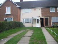 *THREE BEDROOM HOUSE*DSS ACCEPTED*OFF STREET PARKING*MEDIUM SIZE GARDEN*PRIME LOCATION*HURSTCROFT RD