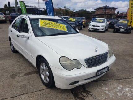 2001 Mercedes-Benz C220 CDI W203 Classic White 5 Speed Automatic Sedan