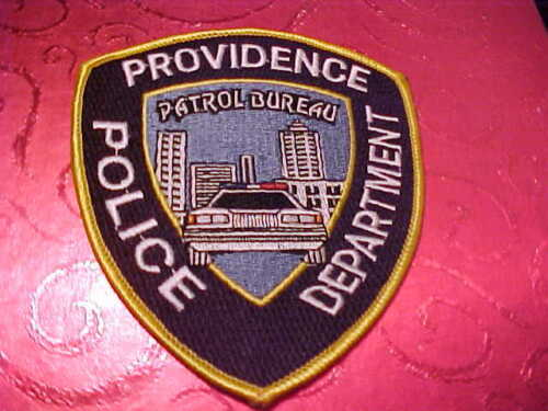 PROVIDENCE RHODE ISLAND PATROL DIVISION POLICE PATCH SHOULDER SIZE UNUSED