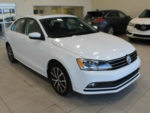 2015 Volkswagen Jetta Sedan Heated Seats, B/U Cam, Sunroof, Blue