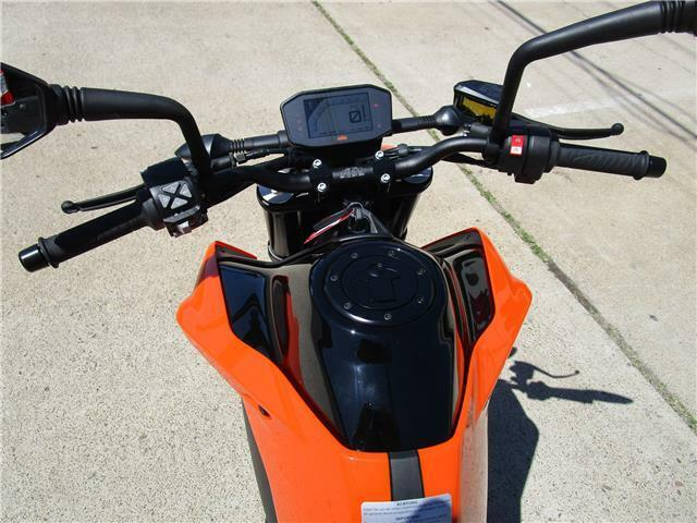 Thumbnail Image of 2020 KTM 790 Duke