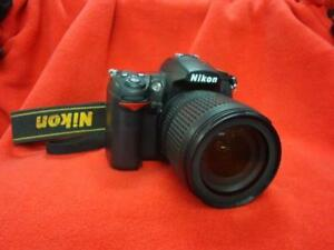 Nikon D7000 Digital SLR Kit with charger and National Geographic bag