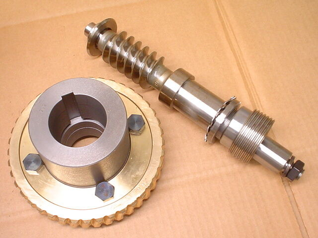Cavex 0613401019/0613400402 Worm Gear With Drive Shaft & Additional Parts