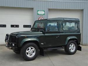 2001 Landrover Defender 90 - RARE SOUTHERN ITALY MODEL