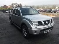 breaking silver nissan navara D40 manual double cab parts spares repairs