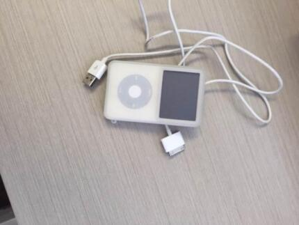 ipod classic white 30gb in excellent condition Nedlands Nedlands Area Preview