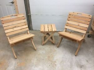 Cedar folding chairs for the RV/Camper - Downhome Expo