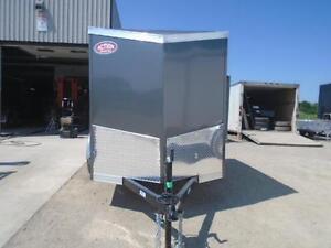REAR RAMP DOOR ENCLOSED HAULIN CARGO 5X8 V-NOSE - SALE PRICED London Ontario image 2