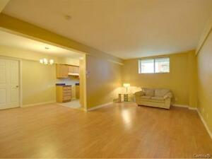 **LOWERED PRICE** GORGEOUS Large Condo 4 ½ Pierrefonds