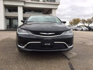 2016 Chrysler 200 Limited*heated front seats, steering wheel*