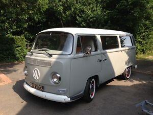 Vw camper van t2 classic 1972 volkswagen bay window bus for 16 window vw van