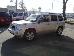 2010 Jeep Patriot 4X4 Trail Rated North Edition Windsor Region Ontario image 3