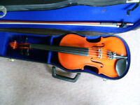3/4 size violin outfit -excellent condition -suit 9yrs up/adult wanting a smaller instrument
