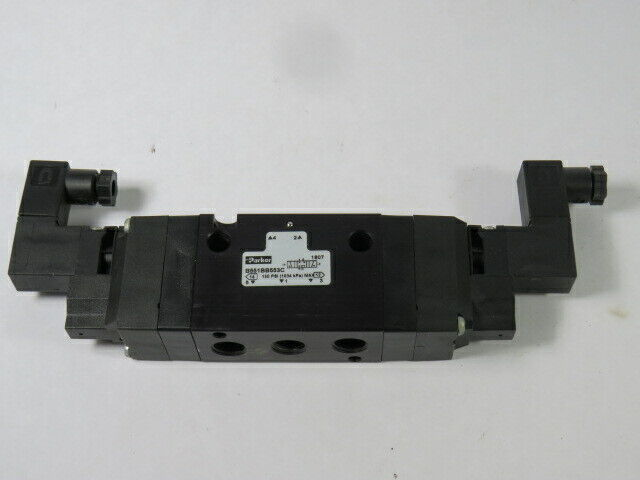 """Parker Double Solenoid Valve 4-Way 3-Pos 115/120V 50/60Hz 1/4"""" NPT  USED"""