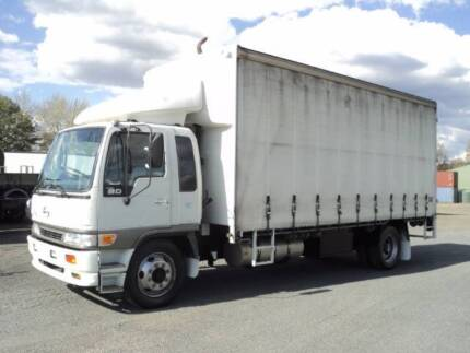 HINO GD 10 PALLET CURTIANSIDER LOW 398000KMS
