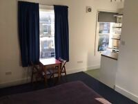 W9-studio flat to rent-ALL BILLS ARE INCLUDED