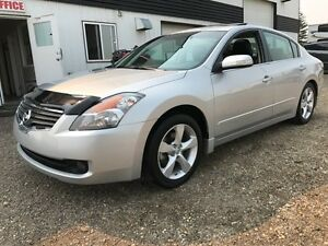 2009 Nissan Altima 3.5 SE ONLY 35220KM'S!!!! LIKE NEW!