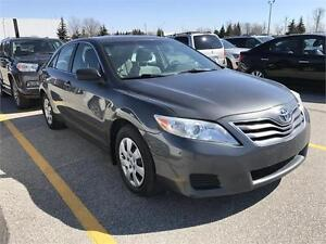 2010 TOYOTA CAMRY LE  CLEAN NO ACCIDENT