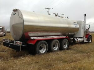Potable water   T800 Kenworth   Water Truck   Stainless steel ta Regina Regina Area image 4