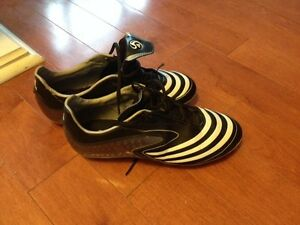 Adidas F10 Soccer Shoes - Size US 3.5