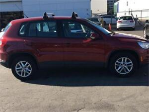 2010 Volkswagen Tiguan Trendline-AWD-Heated Seats-Alloy Wheels..