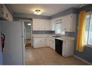 Turnkey - Licensed for 10 - Fully Rented - Close to Universities Kitchener / Waterloo Kitchener Area image 3