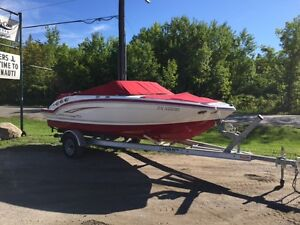 2012 Chaparral 196ssi 4.3L MPI ONLY 55 Hours   REDUCED $$$