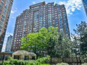 2 Bed Plus Den Condo Apt In The Heart Of Mississauga