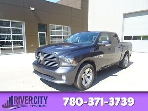 2014 Ram 1500 4WD CREWCAB SPORT Leather,  Heated Seats,  Back-up
