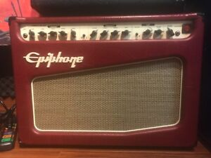 EPIPHONE FIREFLY 30 GUITAR AMP -MINT - on board Effects -