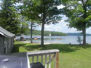 STEPS FROM THE BEACH, 3 Bedroom Cottage Aug 14-21