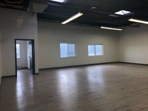 $2200 Burnaby - Office/Showroom/Storage Unit (RUSSELL AVENUE)