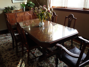 Dining Room set with buffet, china cabinet, 6 chairs