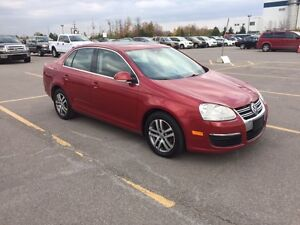 2006 JETTA   Automatic  4 cyll   loaded  - $1980 ,, new tires