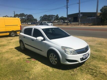 2008 Holden Astra AH MY08 CDX White 4 Speed Automatic Hatchback Wangara Wanneroo Area Preview