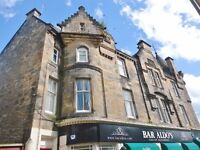 Traditional Spacious Bright First Floor One Bedroom Flat to Rent in Alloa Town Centre