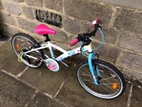Girls bike: 6 to 9 year old.