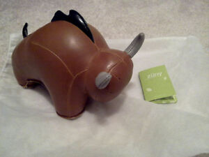 NEW Bull Zuny Door Stop Book End Brown Baby Gift