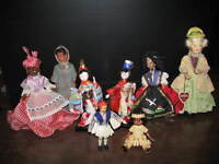A collection of vintage dolls from all over the world - 8 dolls
