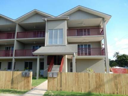 """Unit 6/30 Byron Street- LEASE BREAK"""" 2 Bedrooms Available NOW!!! Mackay 4740 Mackay City Preview"""