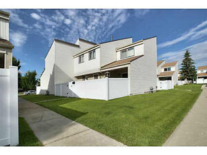 Renovated 3 bedroom townhouse in Hillview (38 ave & 54 street)